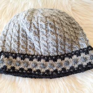 Täiskasvanute mütsid