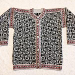 Kihnu Troi kampsunid ja džemprid